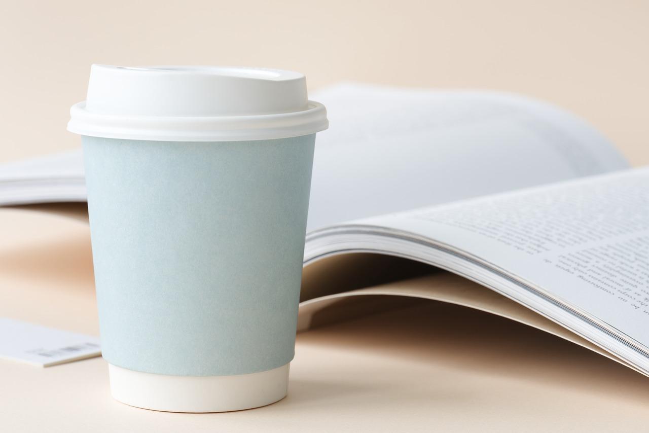 紙コップや紙皿はレンジ対応?飲み物・食べ物を温める時の注意点