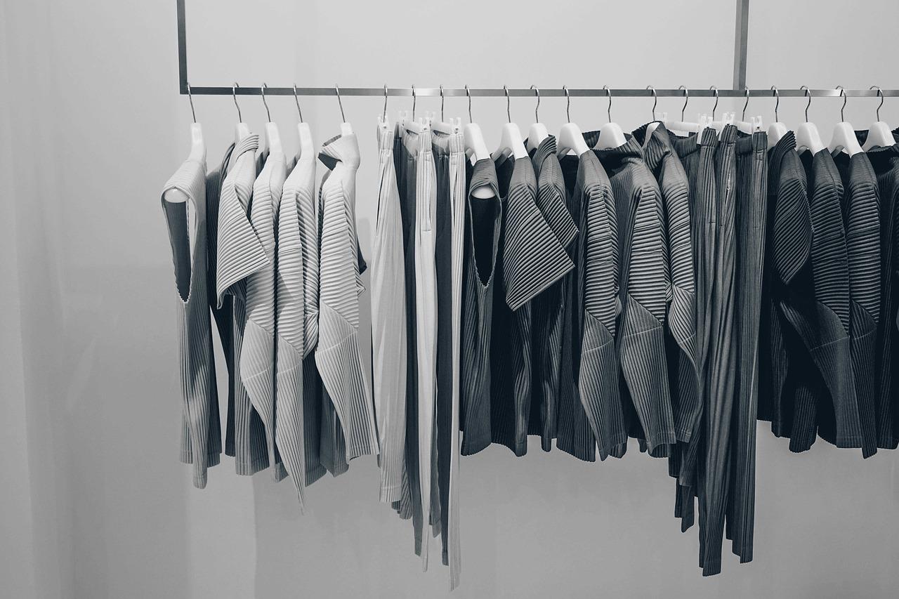100均の収納ボックスで衣類を便利に!アイデア・快適にするコツも!