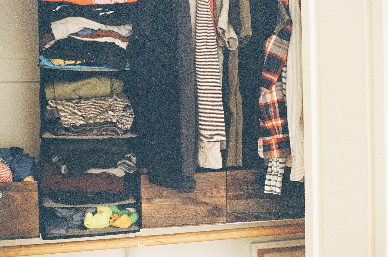 100均収納で服を衣替え!赤ちゃん服・押入れなどのバリエーションも!