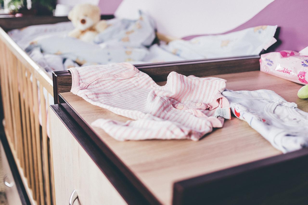 赤ちゃんの選択物はいつまで分ける?新生児用の洗剤、柔軟剤の選び方と洗い方!