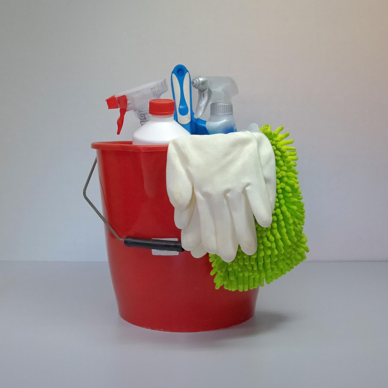 掃除のコツ、一人暮らし編!トイレ、キッチン、部屋別に紹介!モノを捨てると毎日が楽に?
